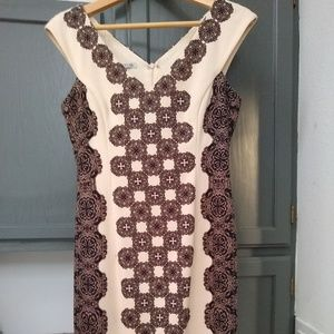 Maggy London Super-Flattering Midi Dress - size 4